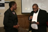 Houston_Chapter_Vice_Chairman_presenting_award_to_Karinatei_Leghemo_Esq